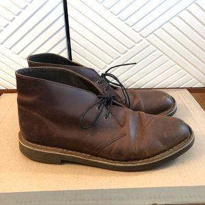 Clarks Chukka Boot - size 11 dark brown